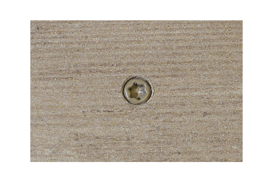Cinnamon composite decking board with Cinnamon colour match screw fixed to the middle of the board.