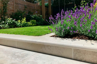 Jura Grey Smooth Limestone Bullnose Step
