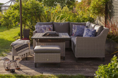 Oslo Dining Set & Charcoal Firepit