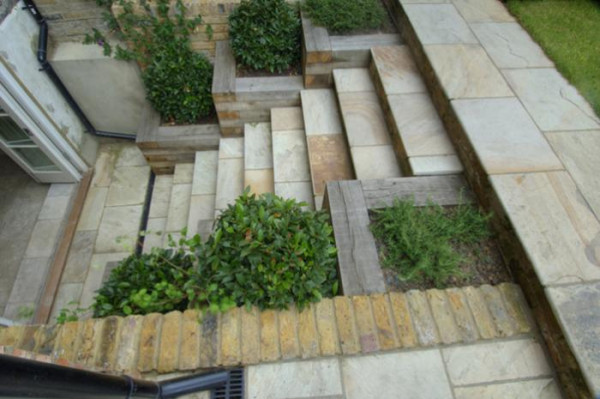 Hammersmith & Chiswick Landscapes.  www.hclandscapes.co.uk
