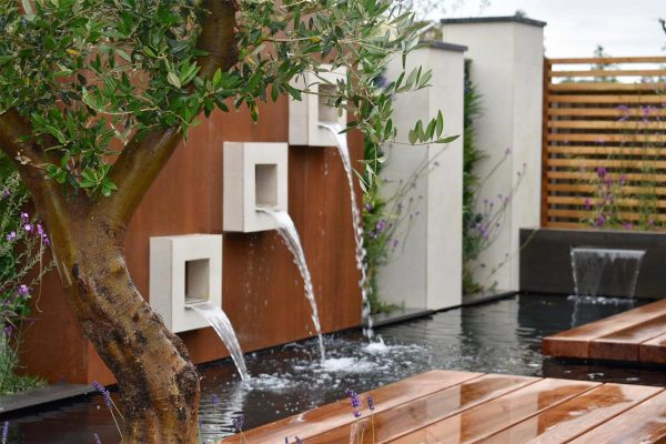 Quality New Vertical Products From London Stone