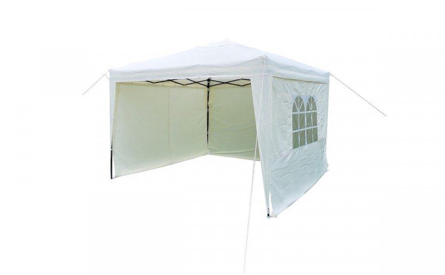 Gazebos are an essential accessory for the garden, allowing you to enjoy your garden whatever the weather.
