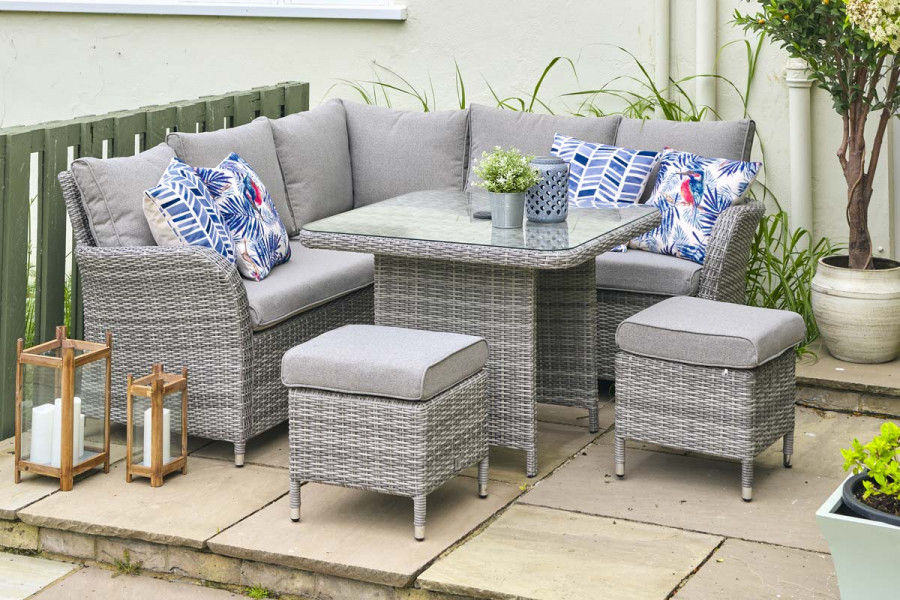 This modular dining set is perfect for relaxing and dining alfresco.