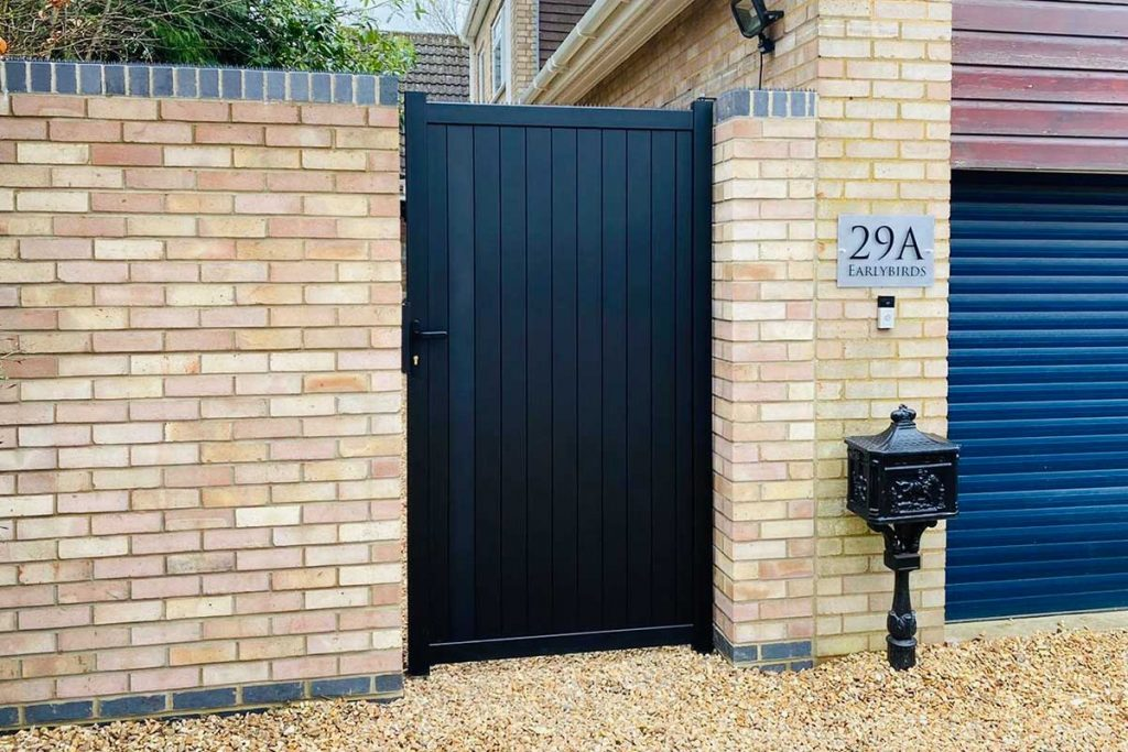 Bring style and security to the garden with metal pedestrian gates.