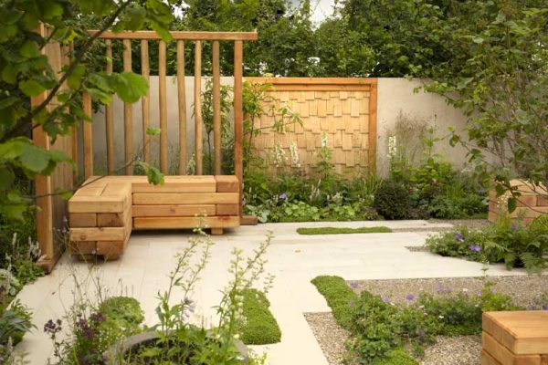 Pavers, Planks & Precision at Hampton Court 2021
